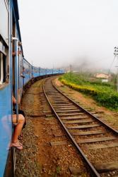Sitzen und die Füße aus dem Zug baumeln lassen...