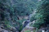 Bittschön - hier der riesige Wasserfall.